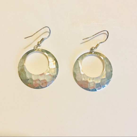 Jewelry - Hammered silver tone earrings